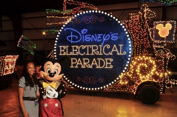 Disney Summer nightastic Electrical Light Parade float http://iamsherrelle.com