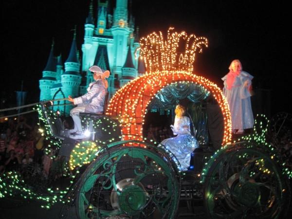 Main Street Electrical Parade - Cinderella's coach http://iamsherrelle.com