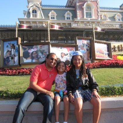Disney Social Media Moms Celebration - entrance - http://iamsherrelle.com