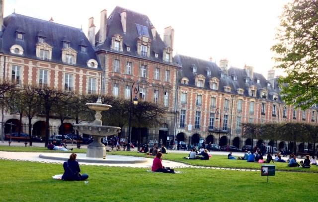 Place des Vosges http://iamsherrelle