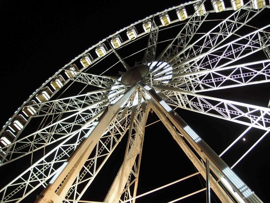 Paris-Tuileries Ferris Wheel at night http://iamsherrelle.com