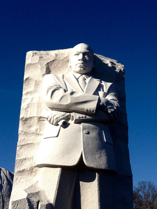 Inauguration of President Barak Obama - MLK statue - http://iamsherrelle.com