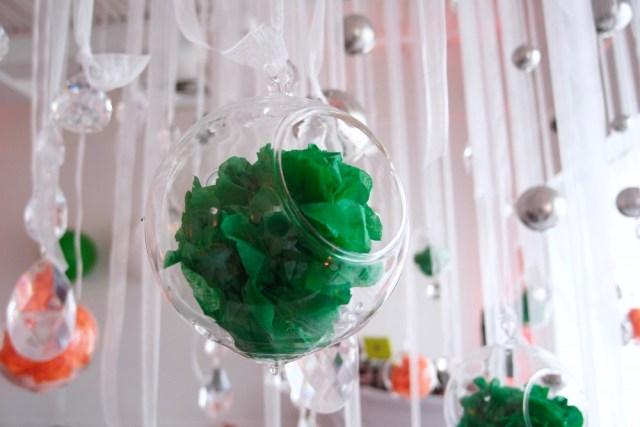 Tissue ball decoration http://iamsherrelle.com