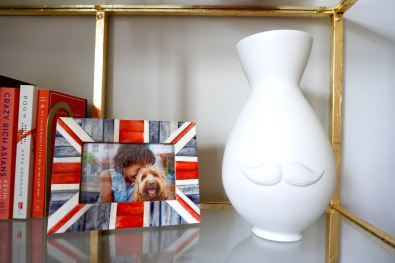 how to decorate with personality - Jonathan Adler Mr/mrs vase - http://iamsherrelle.com