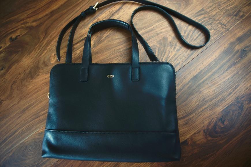 Knomo stylish laptop bag - with strap
