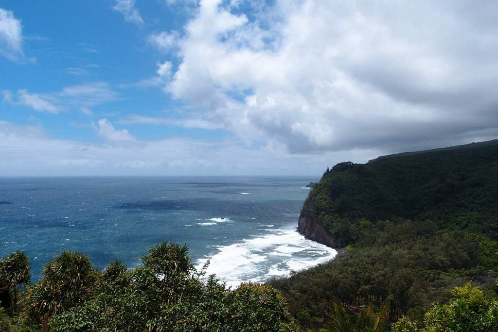 Hiking down to Pololu Valley is one of the 7 Things You Must Do On The Big Island, Hawaii