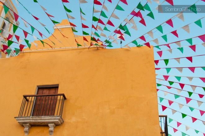 iglesia campeche virgen guadalupe banderola rojo verde blanco amarillo méxico