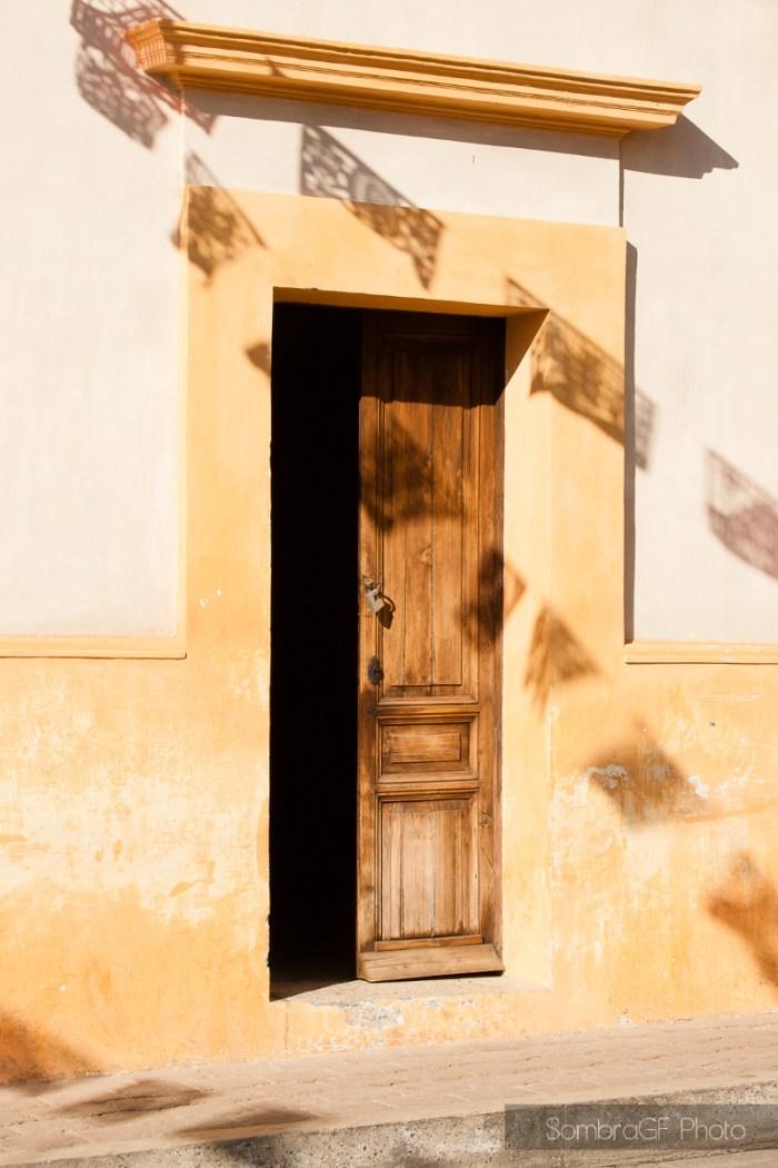 puerta san cristobal de las casas sombras