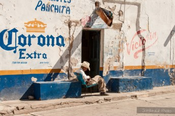 robado corona abarrotes mexico