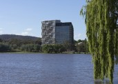 canberra-hotel-by-fender-katsalidis-and-suppose-design-office-18