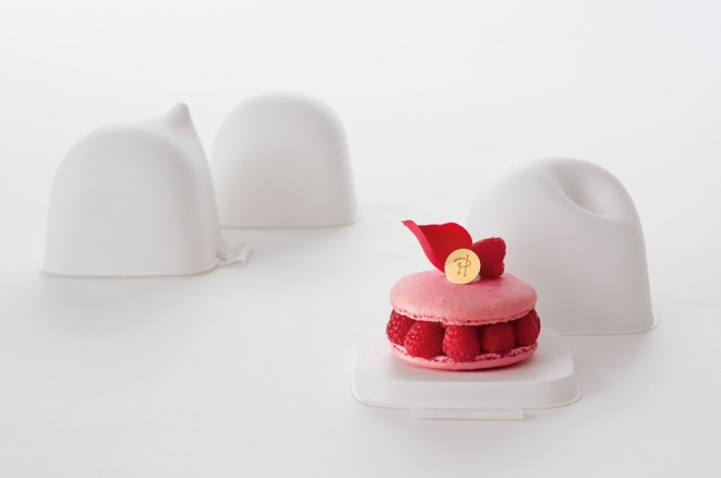 pierre-herme-pastry-packaging-2
