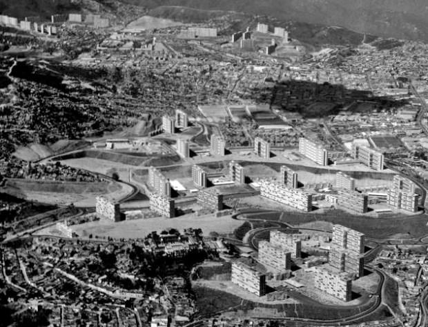 Vista aérea de la Urbanización 23 de Enero, inicialmente llamada 2 de Diciembre. Foto Alfred Brandler_Fundación Villanueva.
