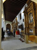Vista de los retablos de la Iglesia de San Francisco, nave lateral oeste, Caracas, 2016. Foto: Eduardo Tovar.