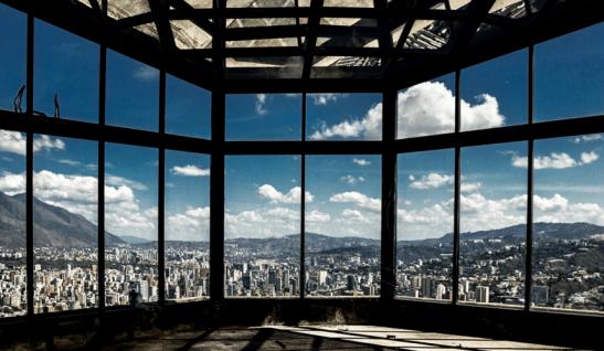 Vista de la ciudad de Caracas desde la Torre Este. Foto Nohely Ron.