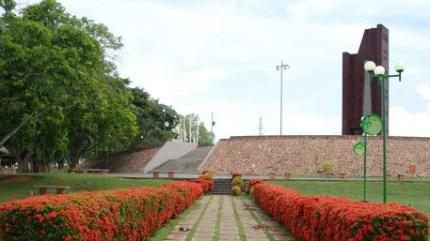 Parque La Fundación, que preside el monumento.