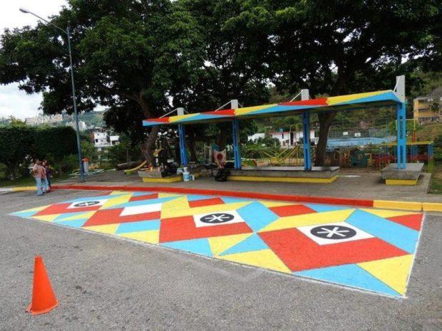 Espacios en Tránsito. Hospital San Juan de Dios (Parada de Transporte Público), FLIX, 2013