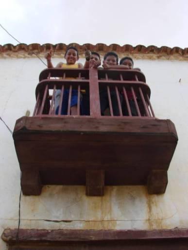 El balcón que da el nombre a la casa. Foto Samuel Montero.