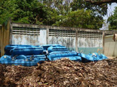 Botes de la laguna, abandonados. Foto Marinela Araque.