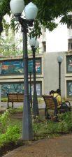 La plaza Luis Razetti tiene 29 luminarias.
