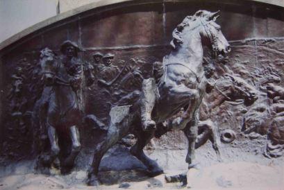 Destrucción del relieve del monumento a Vicente Campo Elías, 2003. Foto José Ignacio Vielma.