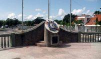 Escudo del ejercito bolivariano en el antiteatro de la plaza el ejercito. Foto Juan A. Ruiz Correa Flickr
