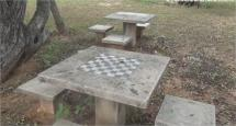 Zona de juego para adultos, y picnic.