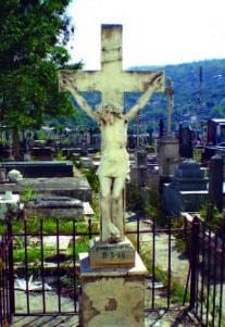 Monumento funerario en el cementerio municipal de Valera. Trujillo, Venezuela.