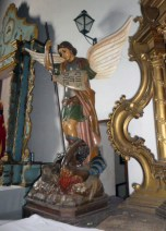 Antigua imagen de San Miguel Árcangel, preservada en la iglesia San Nicolás de Bari del municipio Obisos de Barinas, Venezuela.