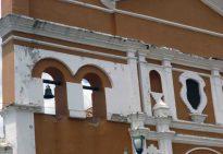 Parte superior de la fachada de la catedral Nuestra Señora de la Virgen del Pilar. Foto Marinela Araque, 2017.