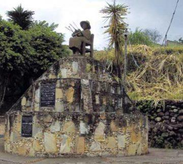 Plaza La Tejedora, símbolo del quehacer de El Abejal. Foto IPC.