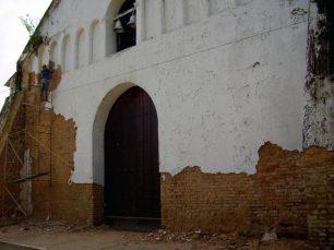 Restauración de la iglesia San Nicolás de Bari, en 2013. Municipio Obispos, Barinas. Venezuela
