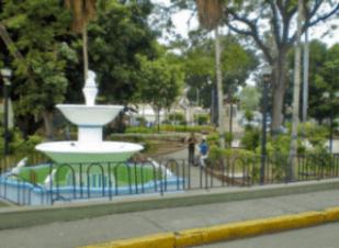 La plaza Bolívar de Valera en mejores tiempos cuando fue catalogada por el Instituto del Patrimonio Cultural en 2005. Patrimonio cultural venezolano en riesgo.
