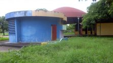 Casetas abandonadas en el parque Los Mangos, de Barinas. Bien cultural de la ciudad de Barinas, estado Barinas. Venezuela.