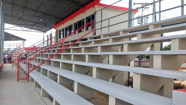 Gradas del estadio. Foto TW @PanchoArias2012