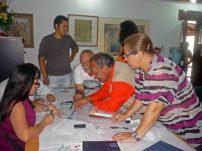 Participantes de la mesa de patrimonio revisando la poligonal del centro histórico de Barinas, estado Barinas. Venezuela.