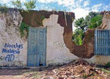 Desidia acumulada y lluvias torrenciales terminaron de destruir la fachada de La Arveleña. Patrimonio cultural de Barinas, Venezuela, en peligro.
