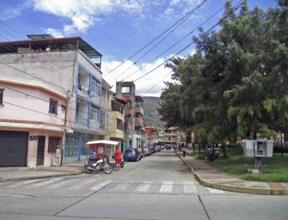 Costado suroeste de la plaza Rivas Dávila. Patrimonio histórico del municipio Mérida, estado Mérida. Venezuela.