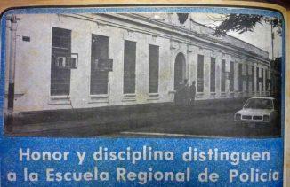 Cuando la casona era sede de la Escuela de Policia. Archivo Fundabahareque. 1990