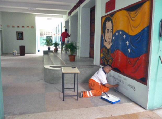 Pintan los muros del liceo O'Leary tras denuncia de IAM Venezuela. Patrimonio histórico de Barinas, Venezuela.