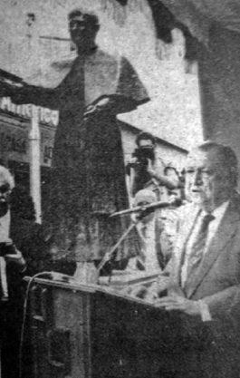 Momentos cuando Rafael Caldera pronuncia su discurso de orden en la inauguración del monumento a José Rafael Pulido Briceño. Patrimonio cultural de Mérida, Venezuela.