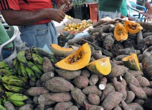 Verduras en el mercado municipal de Caripito. Patrimonio cultural de Venezuela.