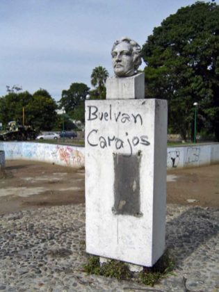 Monumento a Páez en el parque El Ejército de la ciudad de Mérida. Patrimonio del estado Mérida, Venezuela.