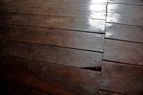 Piso de madera original clavado. Foto: José Luis Rosales.