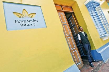Fachada de la Fundación Bigott, en el centro histórico de Petare, municipio Sucre del estado Miranda.