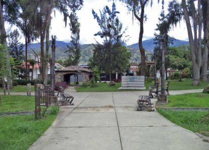 Bandas roba bronce desmantelan el parque Humberto Ruiz Fonseca, de Mérida. Parque Humberto Ruiz Fonseca, patrimonio cultural venezolano en peligro.