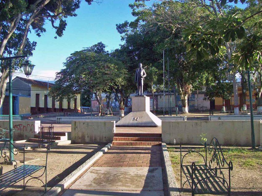 Plaza Bolívar de Guama. Patrimonio histórico de Yaracuy, Venezuela.