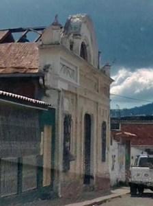 Demuelen el histórico Teatro Ayacucho. Patrimonio cultural del Táchira.
