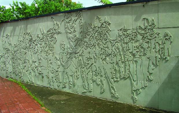 Monumento a los Diablos Danzantes de Corpus Christi de San Francisco de Yare