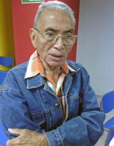 Domingo Medina, artista plástico de Falcón, autor de los murales EL gran tótem y TaimaTaima, de la gobernación de Falcón. Patrimonio cultural en peligro.