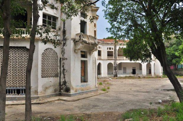 Hotel Miramar, monumento histórico nacional de Venezuela. Patrimonio cultural en peligro extremo.